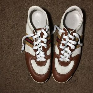 Authentic Gucci Men Leather Sneakers